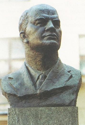 Памятник А.Л. Мясникову в Москве